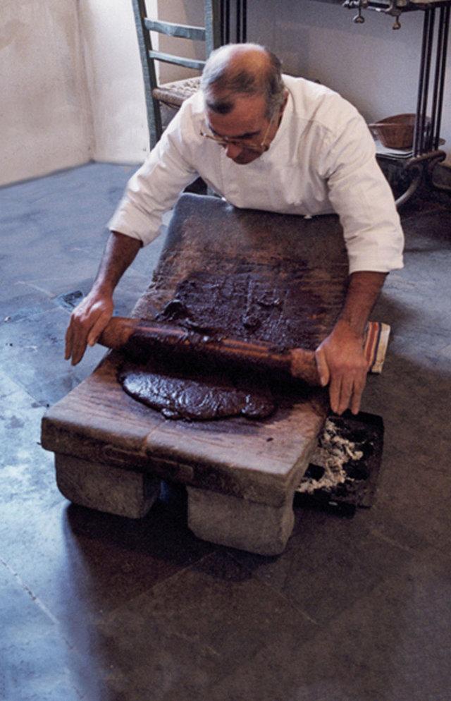 lavorazione cioccolato modica